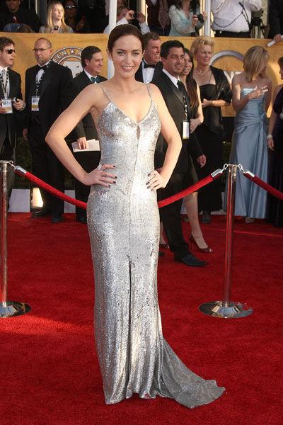 Emily Blunt wears Pamella Roland