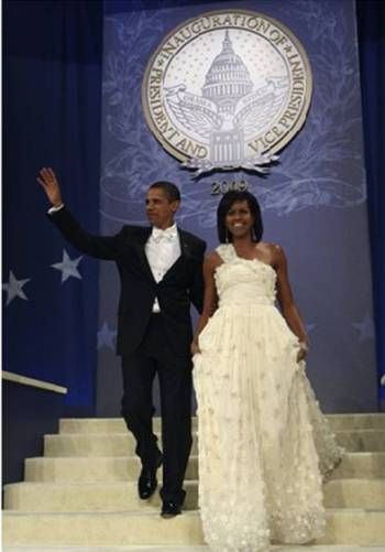 Barack Obama and Michelle Obama arriving at the Neighborhood Inaugural Ball 2009