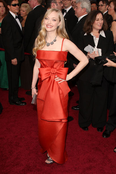 Amanda Seyfried wears Valentino