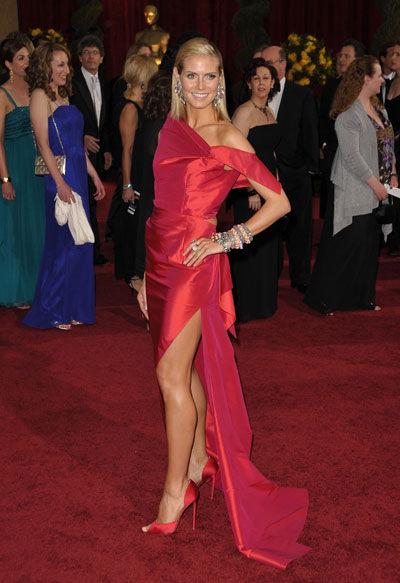 Heidi Klum wears Roland Mouret