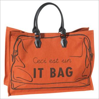 "Longchamps ""Ceci est un it bag"" tote $340"