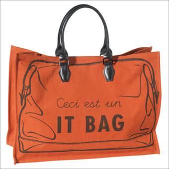 """Longchamps """"Ceci est un it bag"""" tote $340"""