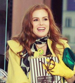 Isla Fisher wearing Vera Smoke Rings scarf in Confessions of a Shopaholic