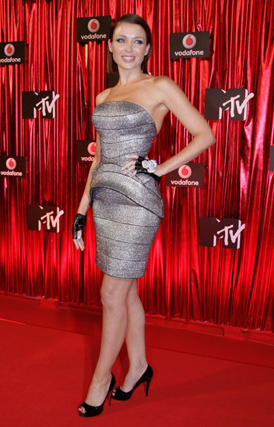 Yay or Nay: Danni Minogue wears J'Aton couture