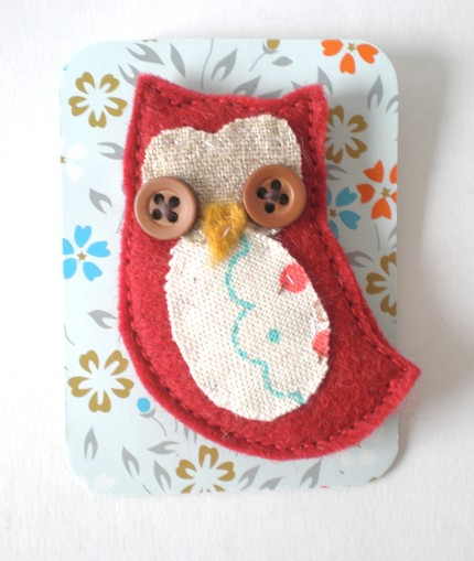 Track and Field owl brooch $14