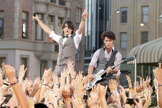 Jonas Brothers, gq.com