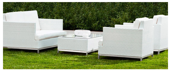 Modern Outdoor Entertaining Fashion In Motion