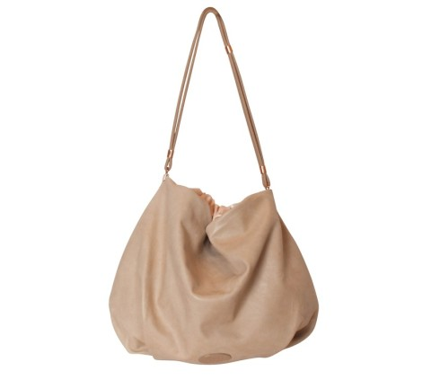 hobo cambre, €390, Repetto