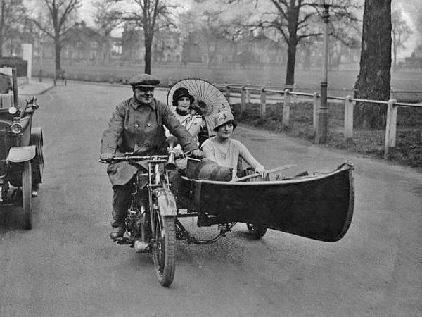 And where do you think these folks might be heading? It amazes me that in an age when photography wasn't a iPhone packed with food porn and a million takes of the same three friends out for drinks, a photographer posed to take this sidecar/canoe shot