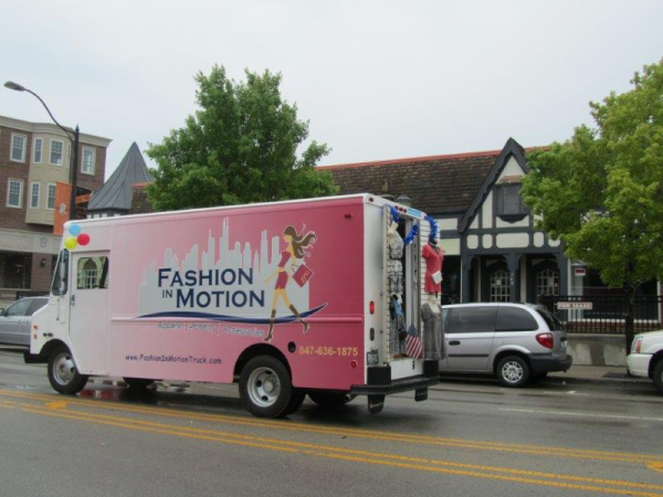 A mobile boutique is not an idea that's new to me, but naming it Fashion in Motion does make me feel kind of excited